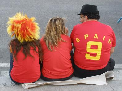 Madrid se tiñe de rojo y amarillo durante la final del Mundial