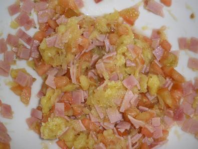 Jamón York, tomate y calabacín